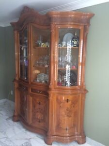 Italian Dining Set With Buffet Hutch