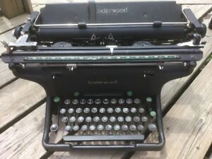 Antique Early 1900s Typewriter