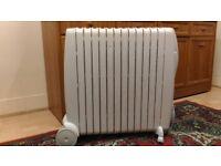 De'Longhi Rapido G011230RTW Oil Filled Radiator, 3000 Kilowatt
