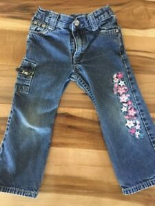 4 pair of pants size 3