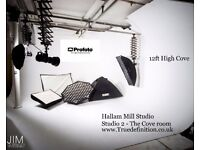 Creative Studio space for Photo and video Warehouse apartment Infinity Cove Props Make up room