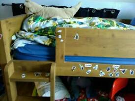 Child's cabin bed