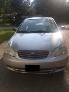 2004 toyota corolla LE for sale ! Only $3800