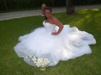 3159 sincerity wedding dress. 18. White