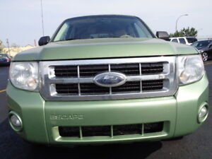 2008 Ford Escape XLT SPORT 4X4--AMAZING ON GAS 2.5L 4 CYL--AUTO