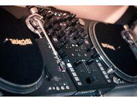 DJ Turntables & Traktor Kontrol Z2 Mixer