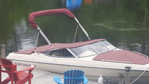 Stingray 190RS 19' Bow Rider Inboard/Outboard