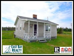 Perfect seaside cottage just 2.5 hours from Halifax!