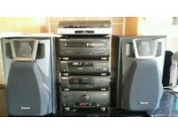 Technics stereo hifi system with amp / compact disc / tuner /record deck/ speakers/manuals vgc