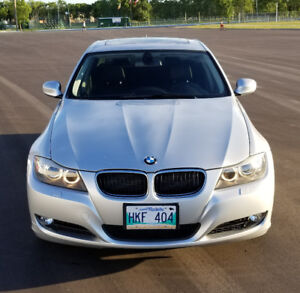 2011 BMW 328XI LOADED