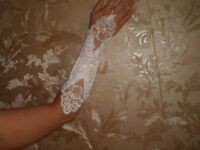 Gloves White Fingerless Beads Wedding Gloves New Without Tags