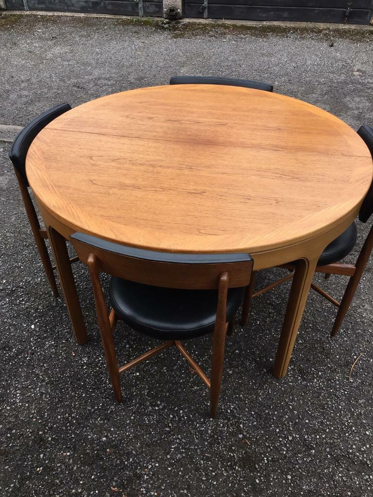 G Plan Nathan Round Extending Table And Four Chairs In