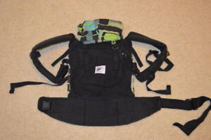 Ergobaby Carrier with Infant Insert