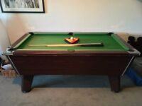Omega Pool Table - 6 Foot - All balls - 1 long Cue and 2 Short.