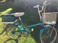 ladies raliegh shopper bicycle