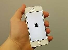 IPHONE 5S WHITE COLOUR 16GB COMING WITH CHARGERin Earls Court, LondonGumtree - Description IPHONE 5S WHITE COLOUR 16GB COMING WITH CHARGER No Apple ID Or Password,Ready New Owner NETWORKS EE,GIFFGAFF ALL PARTS WORKING PERFECT AS YOU SEEN ON ACTUAL PICTURES ANYONE INTERESTED PLEASE CALL THANKS