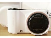 SAMSUNG HD WHITE CAMERA (MINT CONDITION) *FREE CASE*