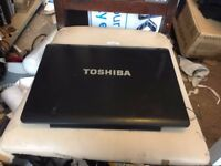 Toshiba Equium A200 1V0 LCD Screen Display Lid Top Rear Back Cover Plastic