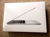 MacBook PRO 13' SILVER TOUCH BAR BRAND NEW SEALED 256GB SSD 3.1GHz i5 Turbo Boost 3.5GHz