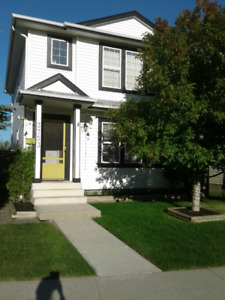 Immaculate Home for Sale by Owner in Meadows-Wild Rose