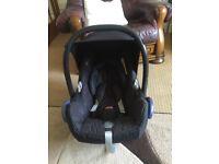 Maxi Cosi 0+ Car Seat