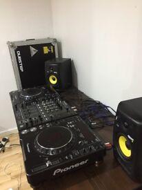 DJ Equipment - 2x Pioneer CDJ 1000's MK3 , 1x pioneer DJM 700 mixer , 2x KRK Rockit 5s + flightcase