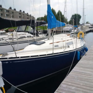1976 C&C 27 Mk lll, A4 engine, same owners 30 years: all records