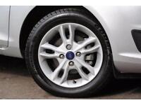 2015 Ford Fiesta 1.6 Zetec Powershift 5dr Petrol silver Semi Auto