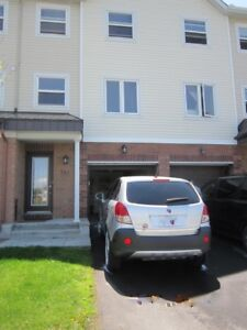 Beautiful Townhouse for Rent - Barhaven