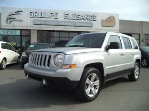 Jeep Patriot  Limited-CUIR-GPS-U CONNECT 2013