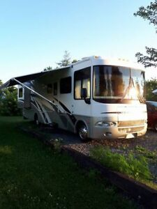 2005 Tail Lite Motor Home For Sale