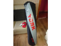 York 4ft punch bag with gloves