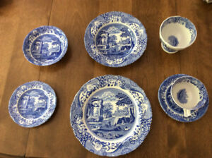 SPODE Blue Italian Dinnerware Set