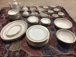 Antiqe dishes dinnerware a big set