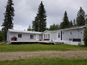 Beautiful 4 bedroom Clearwater County Acreage for rent