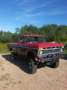 SELLING MY BEAUTIFUL TRUCK 4X4 F-250  FRAME OFF