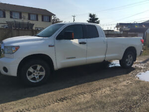 2009 Toyota Tundra SR5 Low Kilometers