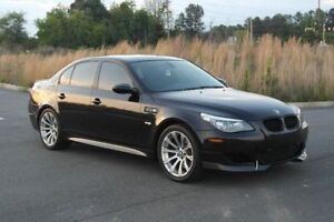 2004 BMW 5-Series M-Package + SMG w/ M5 Look Berline