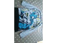 Boys 5-6 year old long sleeved batman t-shirt with detachable cape from m&s