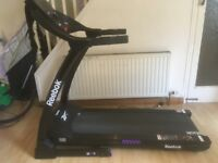 Reebok ZR7 Treadmill/Tredmill: foldaway treadmill with multiple training speeds/programmes
