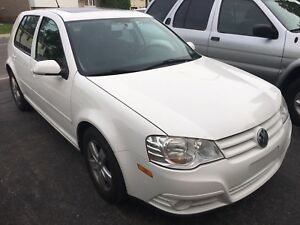 2008 VOLKSWAGEN GOLF CITY LOW KMS!!! Very Good price $$$