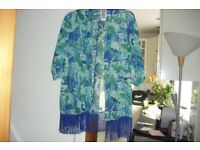 SIZE 16/18 NEW AQUA PRINT KIMONO NEVER BEEN WORN GREAT FOR OVER SWIMWEAR