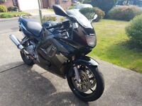 Honda CBR 600F3 in black and silver