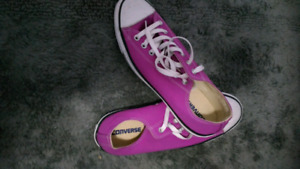 Converse mens and guess ladies shoes