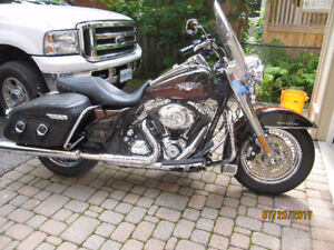 2011 Harley Road king Pristine Original Mint Condition 103 ABS