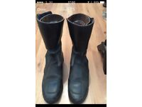 cambrelle genuin leather motorcycle boots UK Size 40, EU size 44 good condition