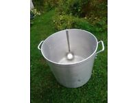 Industrial Catering 47 Litre Pot Vogue Stockpot - Aluminium 400 x 380 mm & Stainless Steel Ladle