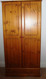 Double Wardrobe in Solid Pine