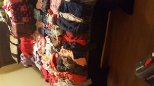 Lot of baby girl clothes 12-24 months