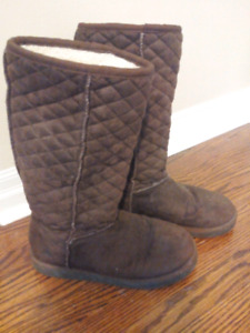 Cozy boots - ugg style